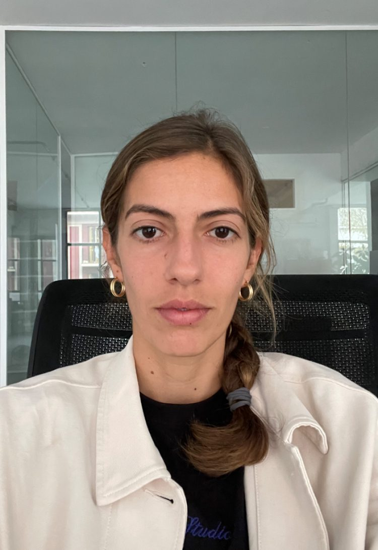 Laura Santarelli